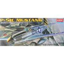 Avião P-51 C Mustang Academy 1/72 Kit Tipo Revell E Tamiya
