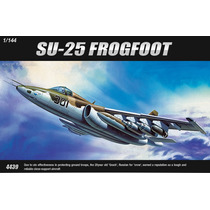 Avião Sukhoi Su-25 Frogfoot - Kit 1/144 Academy Decais Urss
