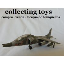 Avião Caça Harrier T 4 - 1/72 - Kit Montado Heller Nacional
