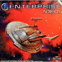 Kit Gigante Da Enterprise De Star Trek - Polar Lights 1/350!
