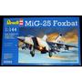 Caça Russo Mikoyan Gurevich Mig-25 Foxbat Kit 1/144 Revell