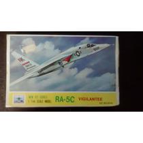 Kit Plastico Ra-5c Vigilantee Esc: 1/144