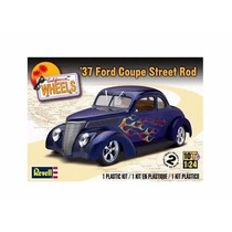 Revell - Carro Ford Coupe Street Rod 1937