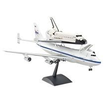 Boeing 747 Sca & Space Shuttle 1:144 Revell