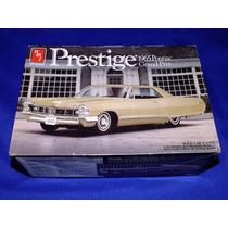 Amt Ertl - Pontiac Grand Prix 1965 - 1/25 - Linha Prestige