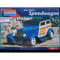 Kit Revell Speedwagon Escala 1:25