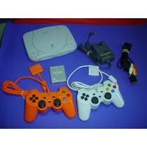 Playstation One Com 2 Controles , Cabo Av , M. Card E Jogos