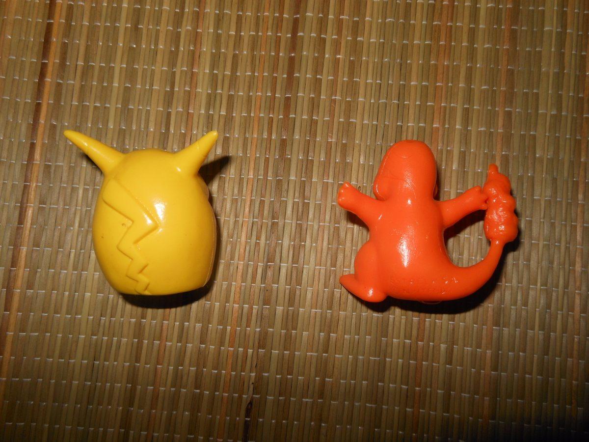 mlb-s1-p.mlstatic.com/ponteiras-de-lapis-pokemon-pikachu-charmander-estrela-anos90-915401-MLB20328718304_062015-F.jpg