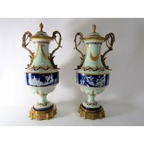 Par De Ânforas Em Porcelana Europeia E Puro Bronze Lindas