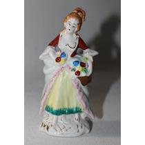 Antiguidade, Escultura Em Porcelana Policromada À Mão.