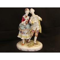 Lindo Casal Em Porcelana Alemã Ricamente Decorado!!