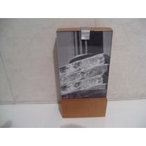 Porta Retrato Em Madeira E Vidro.(mesa Ou Parede)