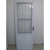 Porta De Aluminio Branca Com Grade E Vidro !