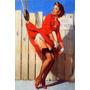 Poster Pinup Garota Guincho Levantando Vestido Vermelho Boca