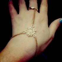 Pulseira De Mao Ou Anel Pulseira Hand Chain Sensual Dourada