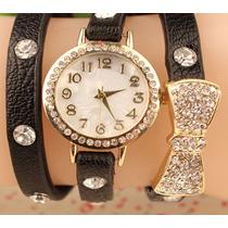 Relógio Feminino Dourado Com Pulseira Preta Com Detalhes
