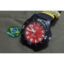 Relógio Qq Borracha Masculino Parafusado - Prova De Agua