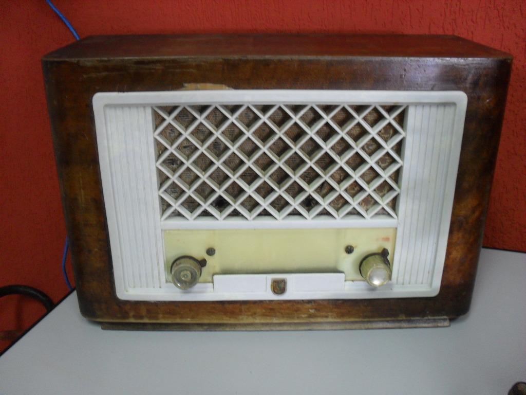 Radio Philips Caixa De Madeira Antigo R$ 850 00 no MercadoLivre #6F271B 1024x768