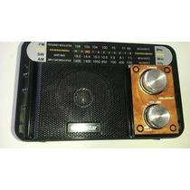 Rádio Am Fm Sw Ótimo Sinal Audio C/cabo Recarregável Livstar