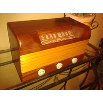 Relíquia: Rádio Delco Model R1229 Wood Case - Indiana/1947