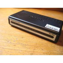 Hub Switch 8 Portas D-link Des-1008a 10/100mbps 110 Volts