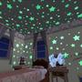 Estrela Adesiva Fluorescente Teto Parede 100 Peças