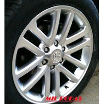 Roda Aro 22 Toyota Hilux - Pintada Prata - 6x139,7