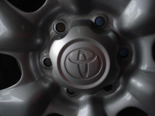 Rodas De Toyota Hilux Aro 16