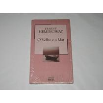 O Velho E O Mar - Ernest Hemingway - Biblioteca Folha -nº 11