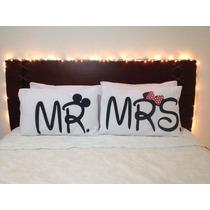 Par De Fronhas De Travesseiro Estampa Mr Mrs Mickey E Minnie