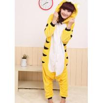 Pijama Adulto Macacão Gato Amarelo Gato Preto Com Capuz