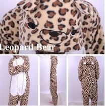 Pijama Adulto Macacão Leopardo Onça Com Capuz