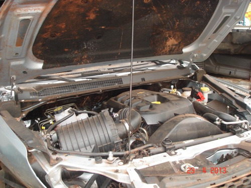 S10 2.8 2013 4x4 Diesel Batida Sucata - Motor E Peças