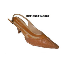 Sandália Nº34 New Fashion Salto 8cm.