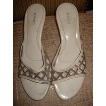 Sandalia Em Plastico E Salto Transparente N º 37