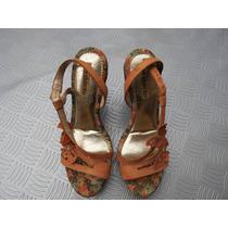 Sandalia De Salto Em Couro Dakota