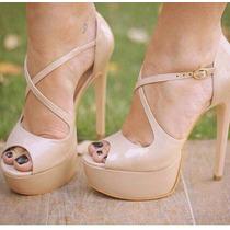 Sandália Salto Alto Fino Preto / Nude Marca Leluel Shoes