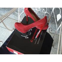 Maravilhoso Sapato Tamanho 35 De Couro Da Marca Carmim