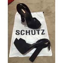 Sandália Schutz - Número 35