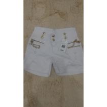 Shorts Rhero Branco Detalhes Dourados