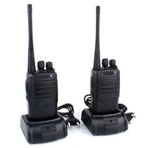 Kit 2 Radio Comunicador Walk Talk Talkabout Profissional 777