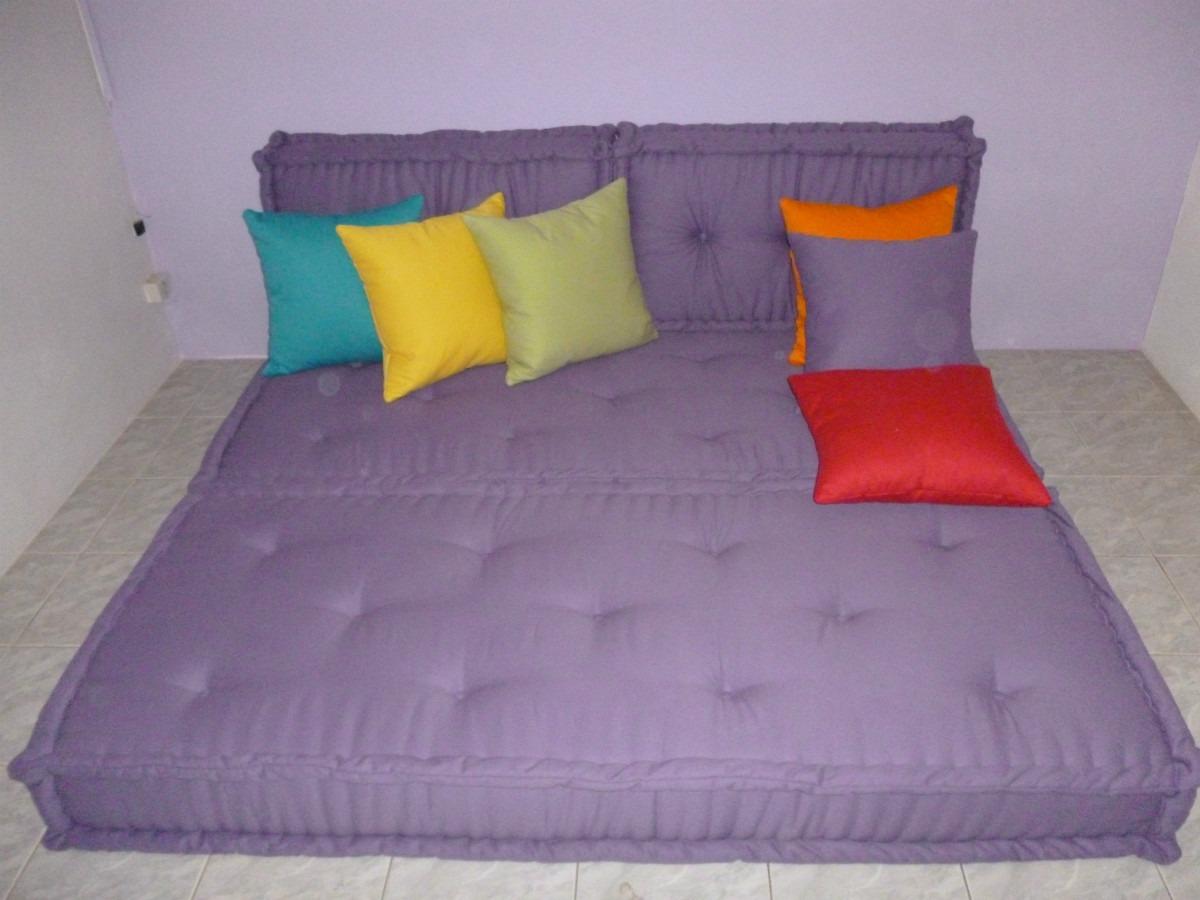 Sof cama em futon r no mercadolivre for Sofa cama tipo futon