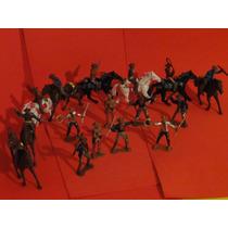 16 Cowboys E 08 Cavalos Apache Cavalaria Tamanho Gulliver