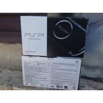Psp Slim 3006 Desbloqueado + Cartão 8gb Com Jogo