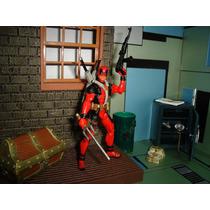 Deadpool Marvel Universe Half Masked X Men