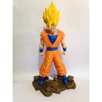 Goku Em Resina Dragon Ball