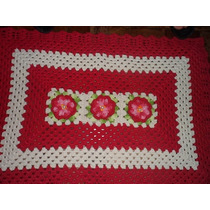 Tapete Crochê Barbante Retangular Com Flores Vermelhas