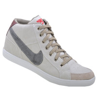 Bota, Tênis, Sapato Nike, Cano Curto.
