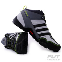 Tênis Adidas Atrox Mid - Futfanatics