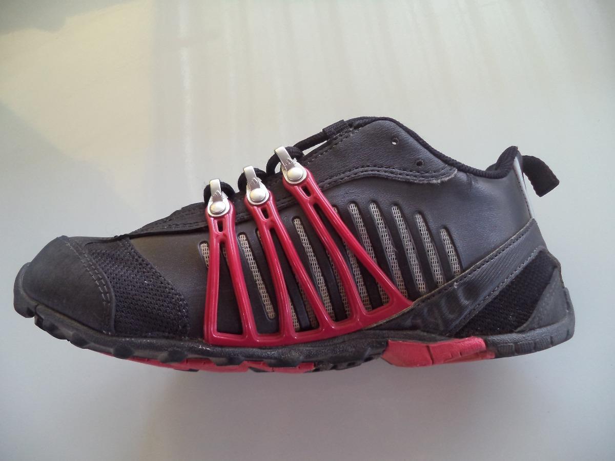 tenis adidas hellbender preto com rosa